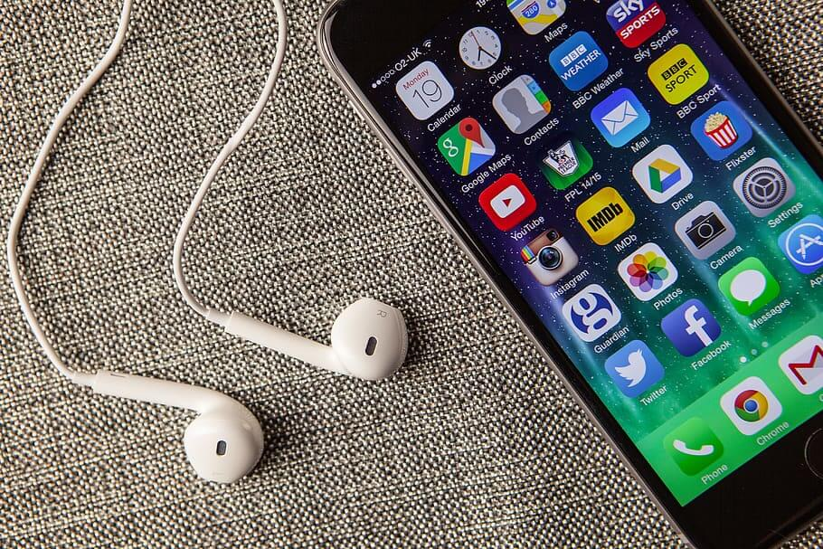 the Best Music Apps for iPhone